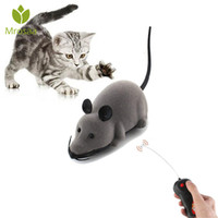 детские игрушки пластиковые игрушки оптовых-Electronic Remote Control Mouse Pet Cats Dog Toy Creative Pet Toys Lifelike Funny Flocking Rat Gift Toy For Cat Puppy Kids
