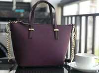 sevimli totes kadınlar toptan satış-15 RENKLER Sevimli Marka tasarımcı kadın çanta crossbody omuz çantaları tote çanta çantalar zincirler sapanlar
