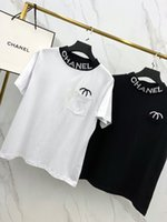 bayanlar yüksek yaka gömlek toptan satış-2019 Tasarımcı kadın T-shirt Yeni Varış Marka Tee ile mektup Çift C Nakış Kısa Kollu Rahat Mikro Yüksek Yaka Iki Renk S-XL