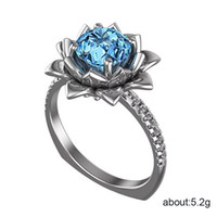 venda de flor de lótus venda por atacado-Venda quente Moda Mar Azul De Cristal De Zircão Anéis de Flor para As Mulheres Chic Delicado Anéis De Casamento De Lótus Partido Jóias Atacado Anel