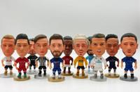 futebol de brinquedo venda por atacado-Soccerwe Europe Super Hot Soccer Star Jogador Action Figure Brinquedos Modelo de Futebol Boneca Messi Ronaldo Neymar Pogba Buffon para fãs Souvenir
