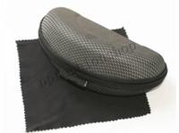 moq kutuları toptan satış-Yeni marka EVA Fermuar Güneş Gözlüğü Gözlük durumda ve bez Yükseltme Yüksek Kalite Sıkıştırma Gözlük kutusu Siyah ADEDI = 10 adet paket