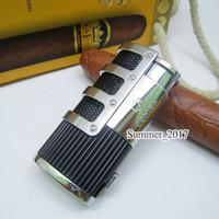 tocha de isqueiro venda por atacado-COHIBA High-end de Rede Armadura Charuto Cigarro Ligther w / Embutido Charuto Soco Chama 3 Tocha de Cigarro de Fogo Mais Leve w / Caixa de Presente