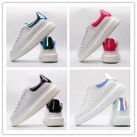 sapatas da altura dos homens s venda por atacado-Versão superior 2019 Wide sneakers white shoes Plataforma masculina e feminina para aumentar a altura das sapatilhas. Tamanho 35-44