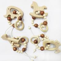 niedliche pflegegeschenke großhandel-Baby-Pflege Armbänder Holz Beißring Perlen Zahnen Holz Rasseln Spielzeug Baby-Beißring niedliche Tiere Armbänder Nursing Spielzeug Geschenk