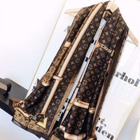 bufandas de colores de otoño al por mayor-Bufandas de diseño de moda Bufanda de lujo Hot Tops Mujeres Bufanda de chal de marca Otoño Cuello largo 2 colores Opcional 180x90cm Alta calidad