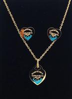 collar para parejas al por mayor-Nueva llegada de acero inoxidable estilo del corazón de la cadena con el logotipo para las mujeres de moda de moda par de suspensión colgantes modelo regalo de la joyería PS6