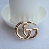 placa retráctil carrete china al por mayor-25 Estilo clásico Lady Gold Sliver Broche de moda Pin para la fiesta de moda Pin de solapa de los hombres de joyería de moda hombres Mental Pin broche