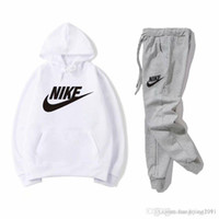 vêtements de jogging unisexe achat en gros de-Survêtements de marque pour hommes Sportswear Costumes de jogging pour hommes Sweats à capuche chandails Printemps Automne Casual Unisexe Sportswear Sets Vêtements
