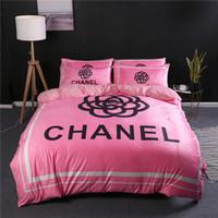 rosa bettwäsche drucken großhandel-Rosa Blume Design Bettwäsche-Sets Beliebte Logo Brief Bettwäsche liefert neuen Stil Herbst und Winter drucken Bettdecke Anzug