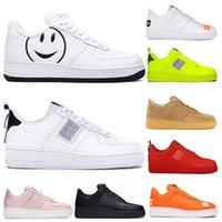zapatos de gelatina de naranja al por mayor-Nuevos productos para hombre de los zapatos corrientes de triple entrenador naranja negro Utilidad voltios tienen un día jalea zapatillas de deporte beige de lino oliva Hombres Mujeres