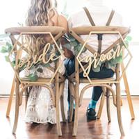 décorations de table de fête de fiançailles achat en gros de-Chaise en bois bannière chaise BrideGrooms signe bricolage décoration de mariage pour fiançailles Fournitures de fête de mariage lettre couvre de chaise