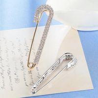 joyería de seguridad pin al por mayor-Rhinestones Safety Pin Broches Arco - Crystal Big Pins Broche Para Mujeres Niñas Vestido Chapado en oro Elegante Broche Joyería de Lujo Diseñador