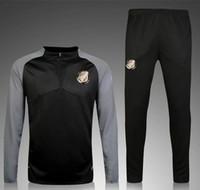 ingrosso stile sportivo-16-17 Paris Retro style football Sportswear suit 2016-17 Paris Sweatshirt PSG MBAPPE CAVANI Maglia da calcio Abbigliamento da allenamento Novità