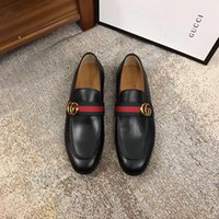 Wholesale hot wedged shoes for sale - Group buy HOT New Cheap men shoes dress shoes leather material mens designer for men with Genuine Leather fashion casual men luxury shoes