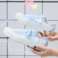 boyalı ayakkabı kız toptan satış-Summer new girl heart low-top canvas shoes female graffiti students Japanese wild small fresh hand-painted shoes tide