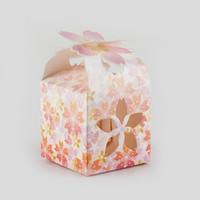 ingrosso scatole di caramelle per matrimoni-Candy Box per Matrimoni Lotus design Scatole di cartone Baby Shower Contenitore di caramelle Confezioni regalo Confezioni Confezioni 50 pezzi / lotto