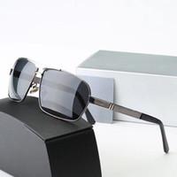 brillenglas titan großhandel-MercedesBenz 722  Markendesigner Polarized Sonnenbrillen für Herren Damen Sonnenbrillen Cat Eye Frame Polaroidlinsen Metallscharnier Gafas de Sol mit braunen Fällen