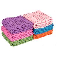 deslizamento de toalha de ioga venda por atacado-2019 moda yoga mat toalha cobertor antiderrapante superfície de microfibra retangular tapete sofá cobertor tapetes têxteis para o larT2I5174