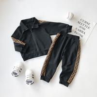 survêtement léopard pour filles achat en gros de-Enfants Designer Survêtement À Manches Longues Vêtements Filles Garçons Desigenr De Luxe Deux Pièce Ensemble Vêtements Bébé Printemps Automne De Mode Coton Vêtements