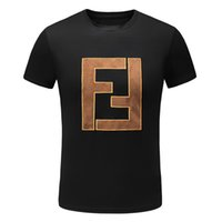 erkekler için siyah kıyafetler toptan satış-2019 Moda Lüks Tasarımcı T Shirt Hip Hop Siyah Beyaz Erkek Giyim Rahat Mektup Baskı Nakış Ile Erkekler Için T Shirt Tişörtleri