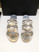 lentejuelas de oro pisos al por mayor-2019 verano nuevo fondo plano G sandalias de strass mujer estrella salvaje lentejuelas oro y plata una línea de playa zapatillas mujeres