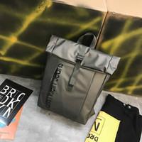 beste männer taschen großhandel-Beste Luxus Rucksack Reisetaschen Mans Frauen Weihnachtsgeschenk Rucksäcke Authentische Qualität Zurück Schule Outdoor Sports Packs