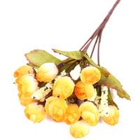 ramos de boda artificiales amarillos al por mayor-15 Flores Artificiales Rosa Amarilla Flores de Seda Falsas Simulación Ramos de Vida Para la Fiesta de Boda Decoración de Bodas en Casa-1 Bouque