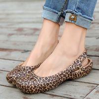 Wholesale garden sandal women for sale - Group buy Magic2019 Shoe Reverent Woman Woman Sandals Garden Shoe Flat Bottom Beach Shoes Slipper Woman Non slip Mom Shoes