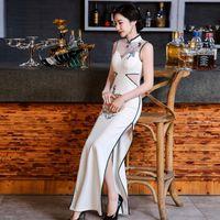 d6b4d1c362 2017 New Sexy Long Chinese Traditional Evening Dress Women Oriental Style Dresses  Plus Size Modern Cheongsam Wedding Gown Qipao