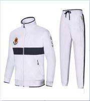 ternos brancos quentes venda por atacado-Mens Terno quente Homens Sportswear Hoodie e camisolas Preto Branco Outono Inverno Jogger Sporting Sweat Suits Tracksuits Set Plus Size M-2XL