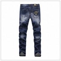 tiefblaue hosen männer großhandel-Herren Jeans New Fashion Herren Burrowed Medus Gestickte Deep Blue Micro-Bomb Beiläufige Slim Pants 28-38 Yards