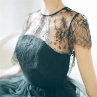 accesorios de abrigo negro al por mayor-Nueva moda Chaqueta de novia Abrigo Chal de boda Mujeres Abrigos negros Bolero Accesorios Elegante Dama Vestido de fiesta de noche Envoltura de encaje 912