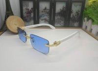 sunglasses yellow lenses großhandel-Mode Holz Bambus Sonnenbrillen Designer Womens Cute Sonnenbrillen handgefertigte gelb rosa blau grün klare Linse mit weißen Büffelhorn Gläser
