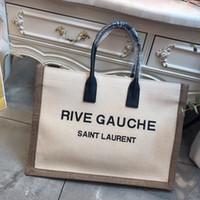 crossbody handtaschen mädchen großhandel-Lederhandtasche Damentaschen 2019 Designer-Umhängetasche Weibliche Luxushandtaschen für Mädchen Große Umhängetasche mit Quaste Kosmetiktaschen