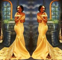 ingrosso vestito di promenade giallo v neck-Elegante sirena giallo africano abiti da ballo lungo 2019 formale spalle spalle di lusso di cristallo raso arabo tromba abiti da sera