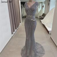 vestidos colinas à noite venda por atacado-Dubai Cinza Luxo Sereia Projeto Vestidos de Noite Com Decote Em V de Cristal Beading Vestidos de Noite 2019 Serene Hill LA60916