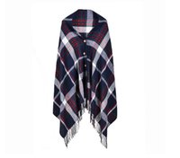 tartán chal coreano al por mayor-El nuevo estilo de las señoras clásicas japonesas y coreanas de moda enrejado botón imitado bufanda de mantón de cachemira de doble uso