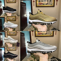 Wholesale max 97 undefeated resale online - 2018 Air Undefeated ultra Running Shoes Silver Bullet Gold white s Men women Casual Maxes Trainers Designer Sports Sneakers Chaussures