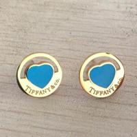 gold liebesbrief ohrringe großhandel-2019 T Brief Ohrstecker Heart-shaped Diamantohrringe drei Farbauswahl für Frau berühmte Luxusliebes-Bolzen geben Verschiffen frei