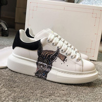 ingrosso causali scarpe da uomo-Luxury Designer sneakers fashion new style men women causal shoes genuine leather Designer shoes size 35-44 model LB01