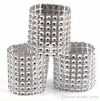 düğün için gümüş sandalye şapkalar toptan satış-Elmas Peçete Halkaları Düğün Peçete Sahipleri için Rhinestone Sandalye Sashes Ziyafet Yemeği Noel Masa Dekorasyon Altın ve Gümüş 888