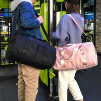 equipo de gimnasia portátil al por mayor-Bolsa de viaje de cinturón de separación en seco y húmedo de gran capacidad Bolsa de viaje portátil Bolsa de ejercicios Equipo de viaje al aire libre Envío gratis