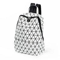 geometrie rucksack großhandel-Großhandels-BaoBao issey Japan miyake leuchtender Rucksackgeometriebeutel Sequinfaltbeutelkursteilnehmerbeutel-Reiserucksack-Sportrucksack