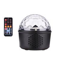 ingrosso proiettore vocale attivato-Mini Voice Activated USB Crystal Magic Ball LED Stage Disco Ball Proiettore Party Lights Rotary Flash Luci DJ per la casa KTV Bar Car