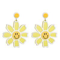 harz sonnenblumen großhandel-3 Farben Harz Sonnenblumen Anhänger Baumeln Ohrringe Für Frauen Modeschmuck Böhmischen Sammlung Ohrringe Zubehör