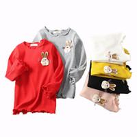 mädchen kinder shirts kragen großhandel-Kinder Mädchen T-shirts Kinder Casual Hemd grundiert Ostern Tag Cartoon Kaninchen Stickerei Trompete Langarm Solide Runde Kragen 6