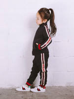 ingrosso giacca sportiva neonate-Primavera Autunno Neonate Ragazzi Vestiti Bambini Cotone giacca calda Pantaloni 2 pezzi / set Bambini Sport Abbigliamento Imposta Toddler Tuta