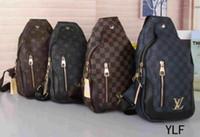 bolso de la cintura de los hombres caliente al por mayor-Hot 2019 Nuevos bolsos de lujo bolsos billetera bolso de la cintura bolso de las señoras bolso del pecho de los hombres E1