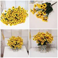 az yapay çiçekler toptan satış-Sıcak Satış Yapay Çiçekler Küçük Ayçiçeği 7 Çatal Sarı Renk Simülasyon Dekoratif Ipek Çiçek Doğum Günü Süslemeleri